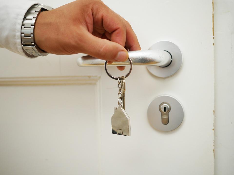 Faire appel à une agence immobilière, combien cela peut coûter ?