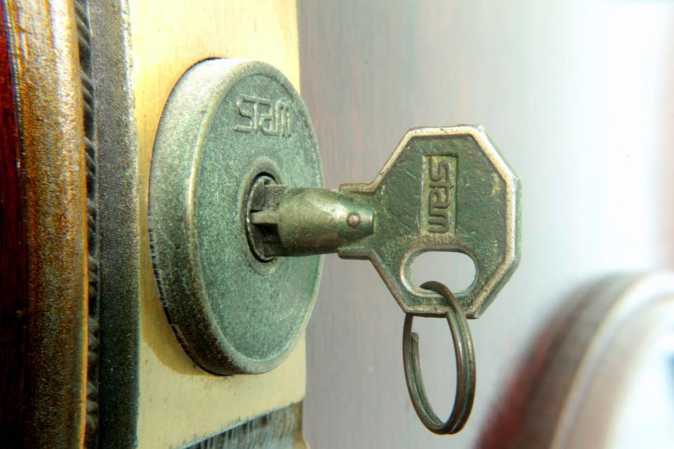 Astuces pour bien choisir son constructeur de maison clé sur porte